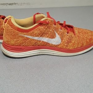 NIKE LUNARLON FLYWIRE SHOES